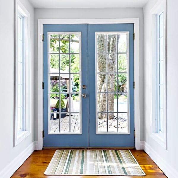 porte d'entrée vitrée bleu