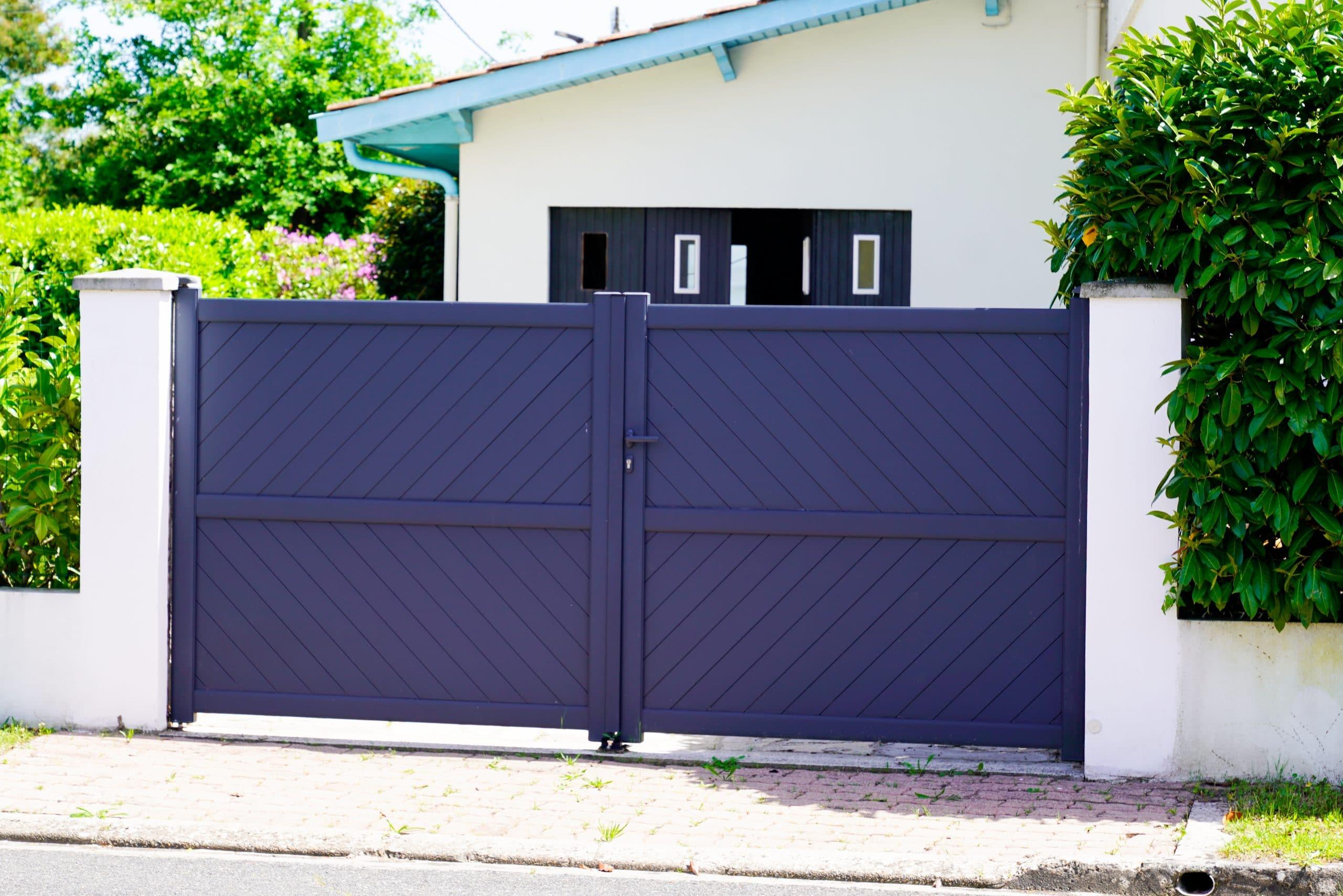 portail moderne bleu